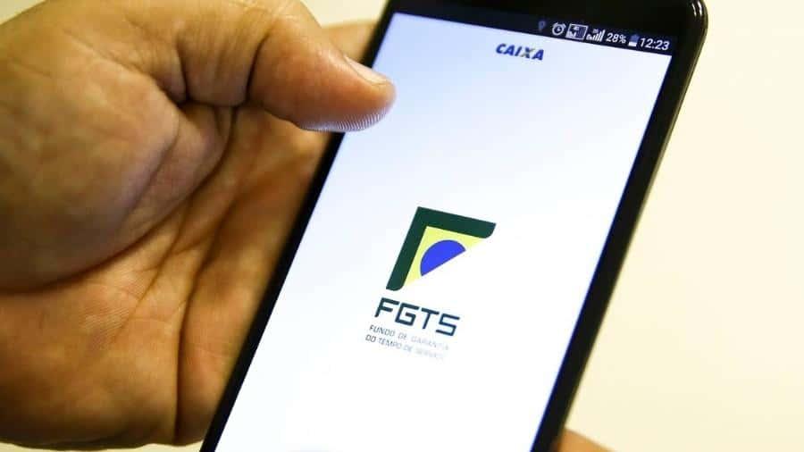Valor do FGTS: relator propõe aumentar limite de saque para R$998