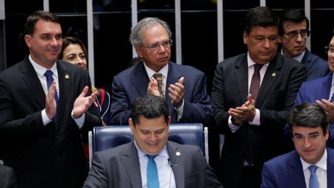 Senado aprova novo cálculo da aposentadoria do INSS