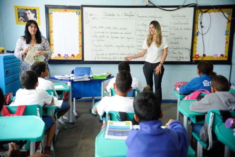 Distrito Federal decide suspender volta às aulas sem previsão para retorno