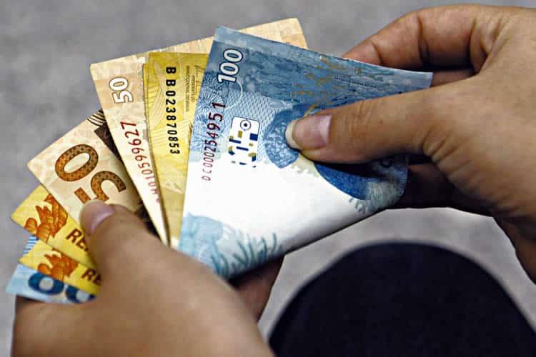 Abono salarial PIS/PASEP libera mais um saque para quinta-feira (14)