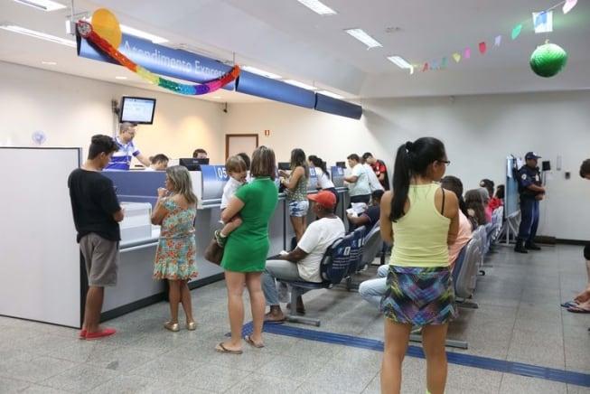 Agências bancárias terão maior jornada de trabalho e abertura aos sábados