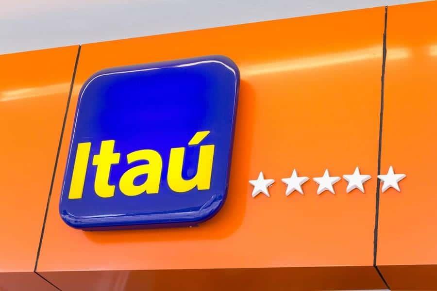 Cartão de crédito Itaú surpreende usuários com mudança de limite