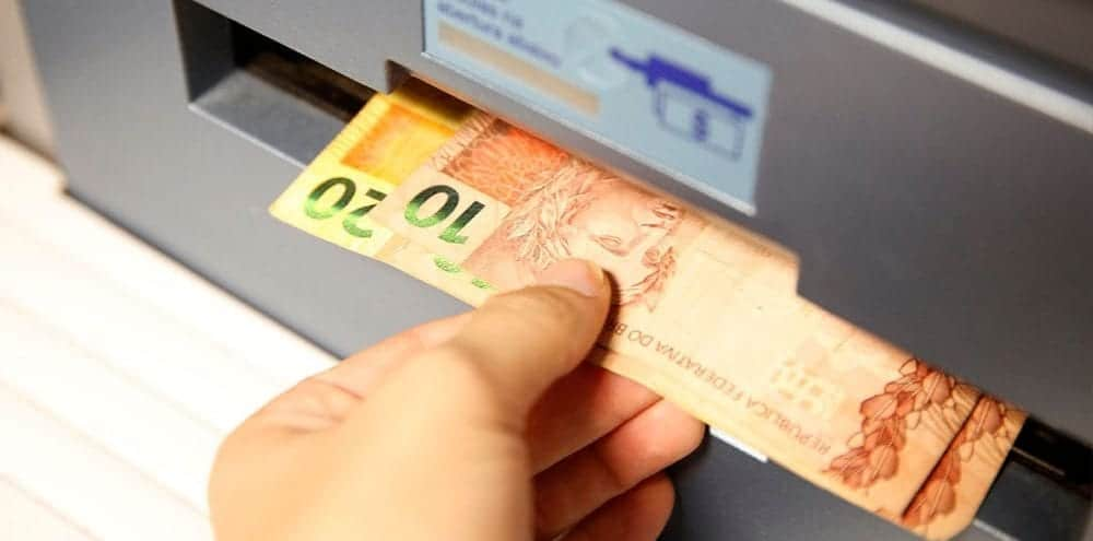 Pagamento do Bolsa Família para novembro começou essa semana; confira as datas