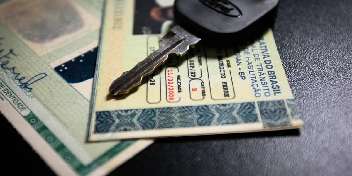 Motoristas com CNH próxima do vencimento serão notificados por SMS ou e-mail