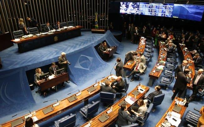 Comissão do Senado vota amanhã (3) texto da reforma dos militares