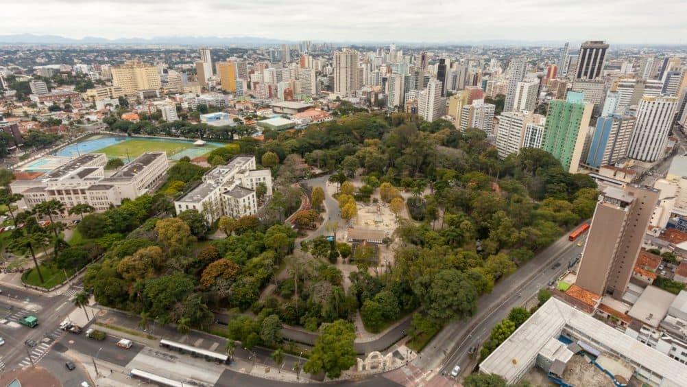 IPTU atrasado de Curitiba soma milhares de endividados