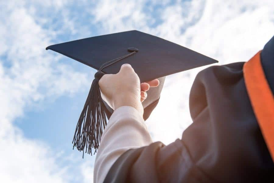 Universitários criam movimento por auxílio educação e diminuição das mensalidades