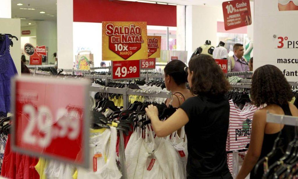 Saldão de Natal traz ofertas vantajosas em grandes marcas; confira!
