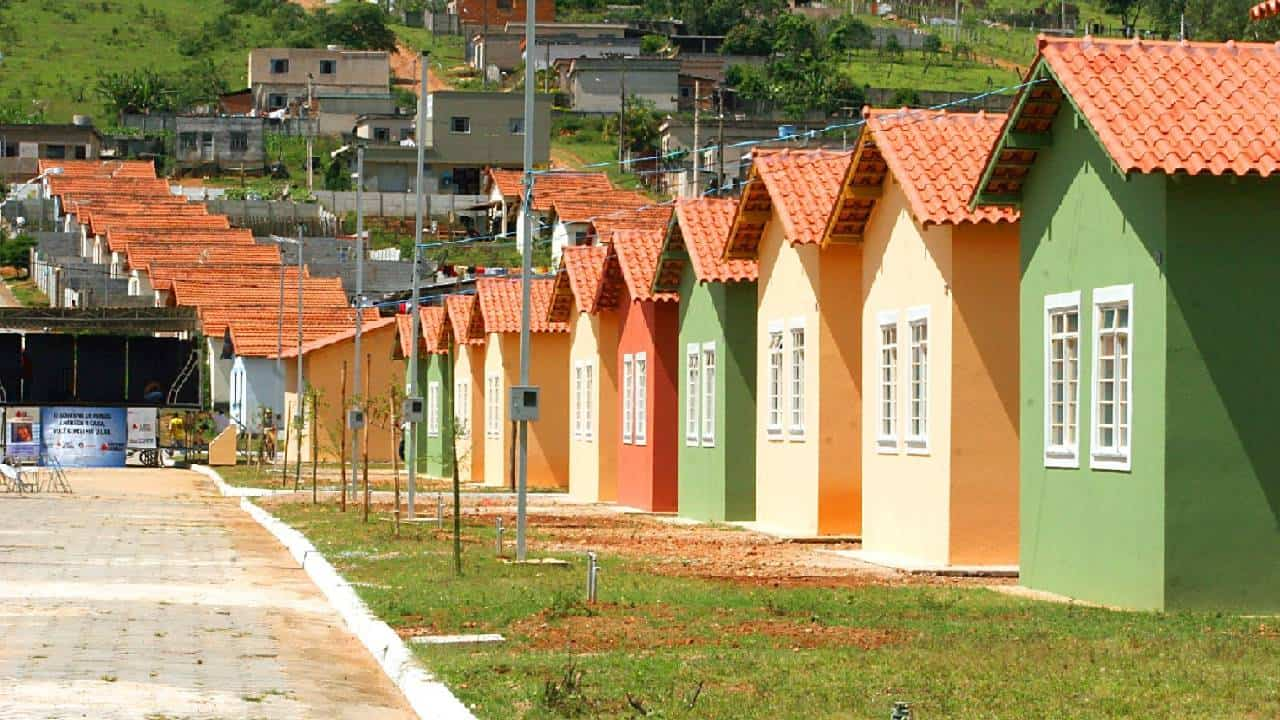 Vereadores votam por novas regras no IPTU de Recife