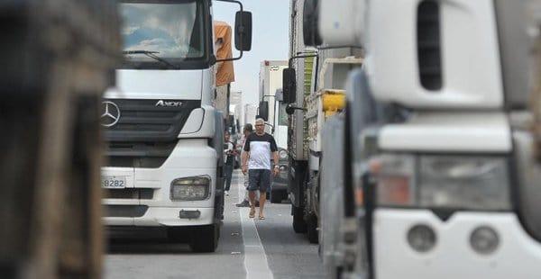 MEI pode ajudar a regularizar serviços dos caminhoneiros