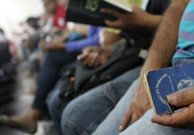 Vagas de emprego em Rondônia: inscrições abertas com salários de até R$6,3 mil (Reprodução/Internet)