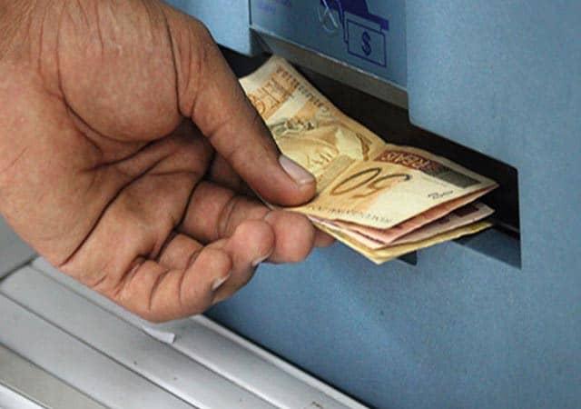 FGTS de R$998 será liberado essa semana; entenda as regras