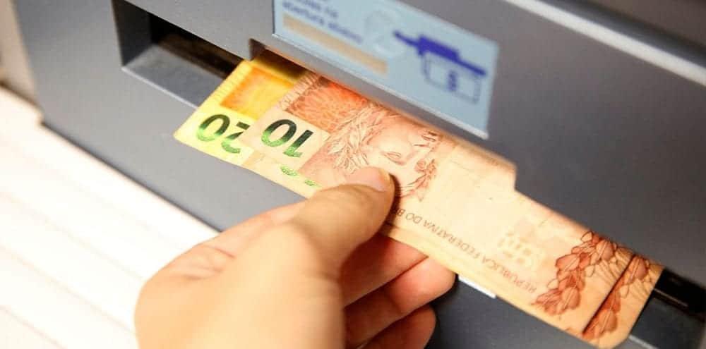 Como vai funcionar o saque de R$998 do FGTS