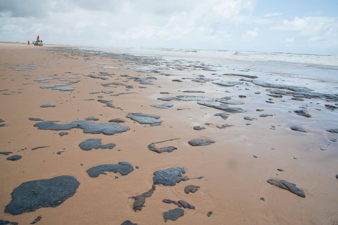 Pagamento dos pescadores de áreas atingidas com óleo chega a 2° parcela