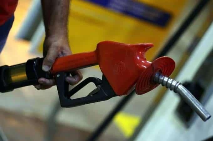 Preço dos combustíveis ficará mais barato a partir desta 6° feira
