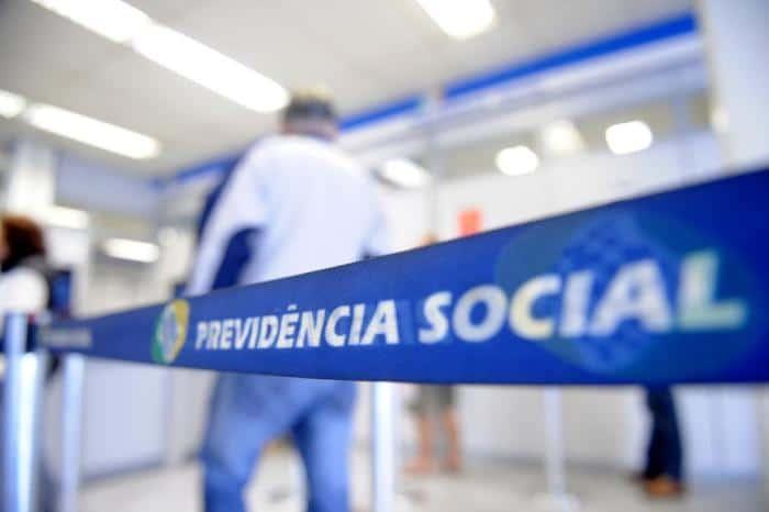 INSS dá prazo curto para retirar dinheiro do benefício; veja a data final