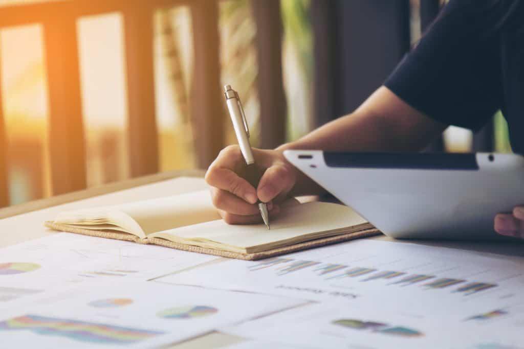 IRPF 2020: lista com os documentos exigidos na hora de fazer a declaração