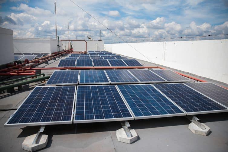 Taxação da energia solar é marcada por posicionamento do presidente