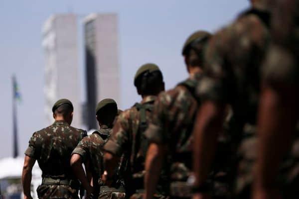 Bolsonaro defende punição mais rígida aos militares que receberam auxílio de R$600 (Reprodução/Internet)