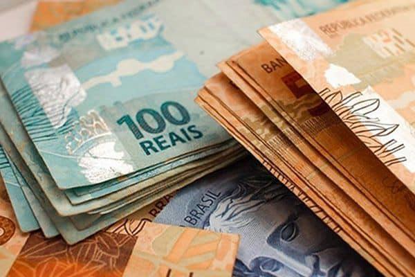 Salário mínimo de R$1,1 mil não fica acima da inflação; e agora? (Imagem: Google)