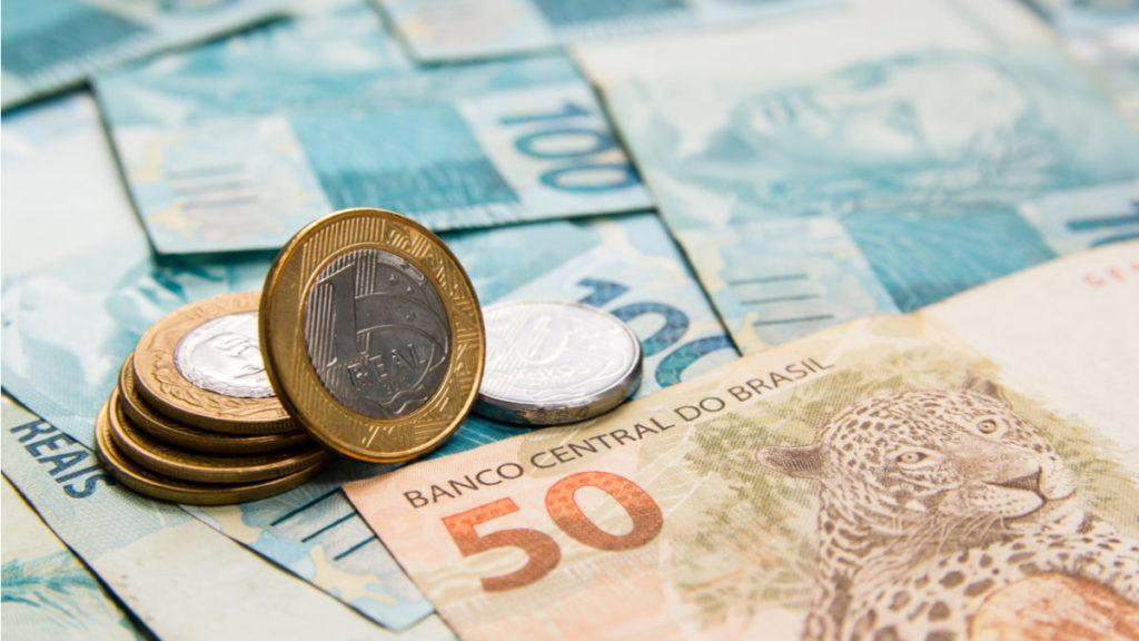 Salário mínimo ideal para dezembro é calculado e valor assusta