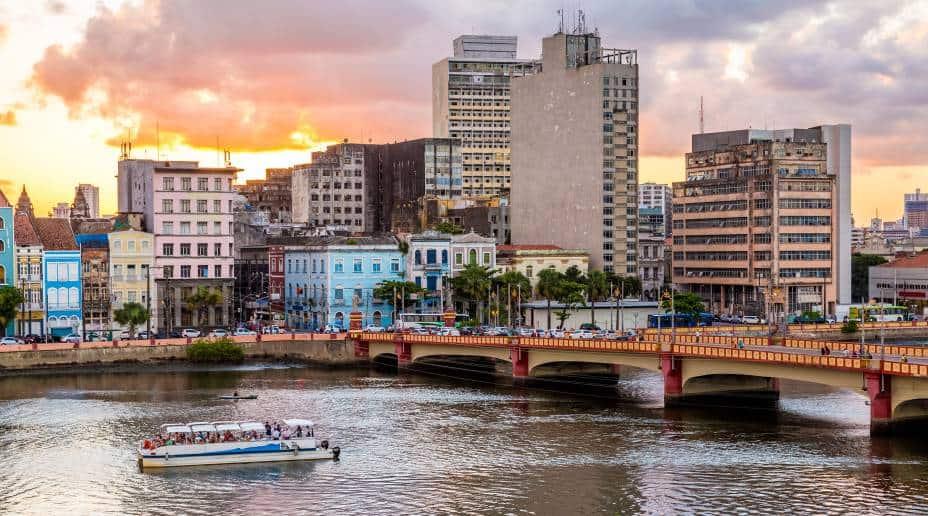 IPTU Recife 2020: carnês de pagamento são entregues aos moradores