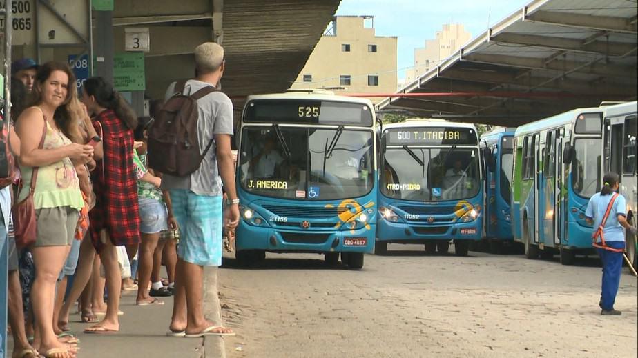 Tarifa de ônibus da grande Vitória sobe valor e deixa usuários insatisfeitos