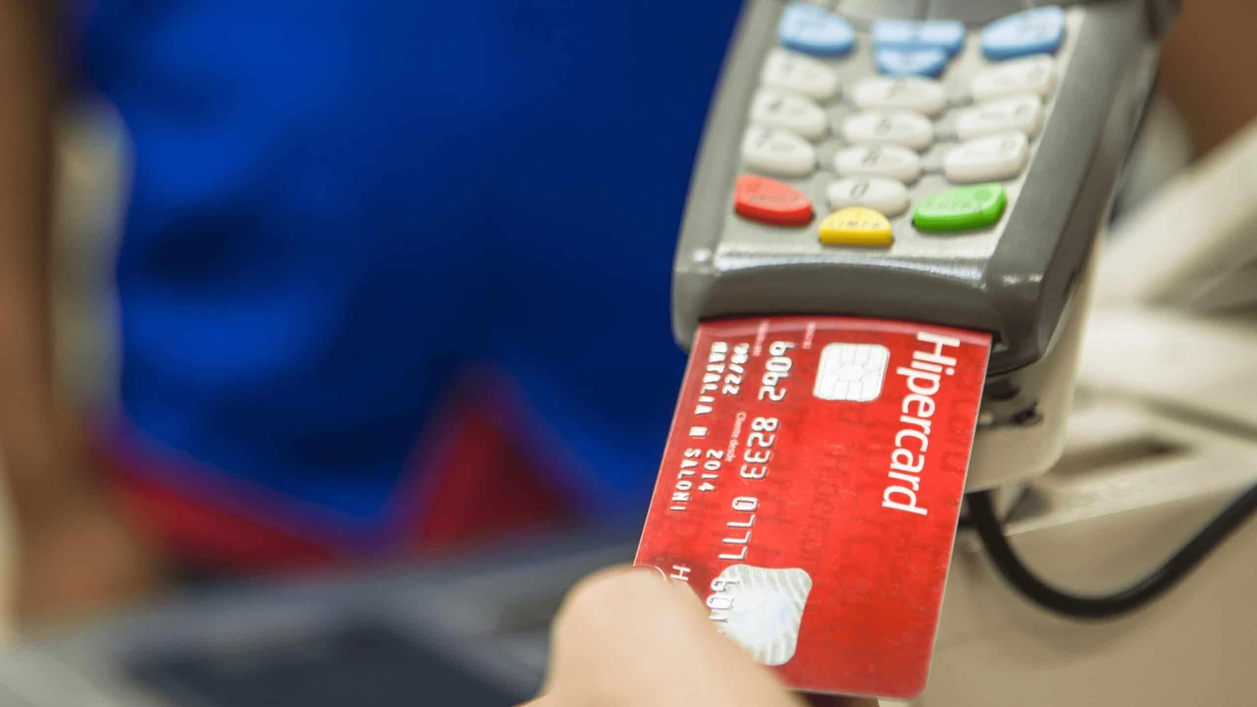 Dica: aprenda como organizar sua dívida com o cartão em tempos de crise