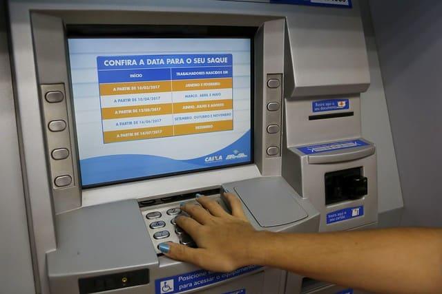 INSS: começa o pagamento dos pensionistas com salário maior