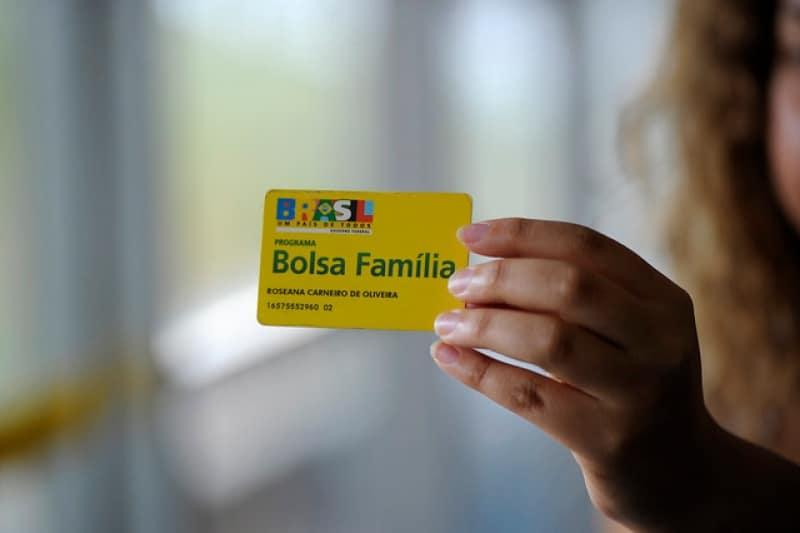 13° do Bolsa Família para 2020 tem proposta ousada para ser bancado