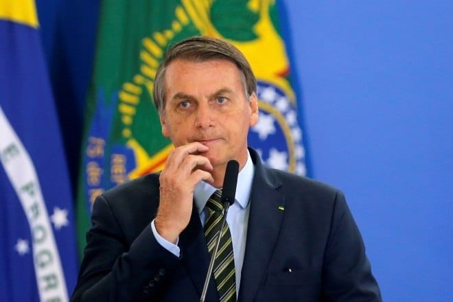 Governo Bolsonaro lança MP que suspende trabalho e remuneração por 4 meses (Reprodução/Internet)