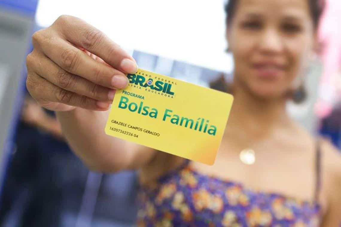 Critérios do Bolsa Família: ministro vai explicar como faz as concessões
