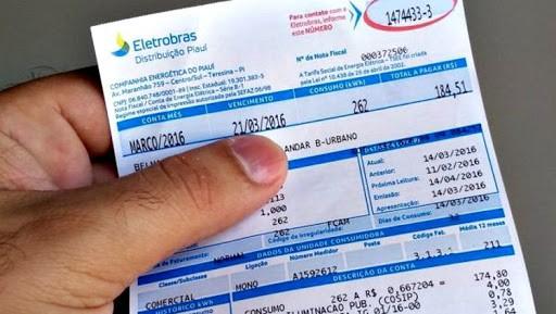 Conta de luz: pesquisa mostra número exorbitante de pagamento em tarifa extra