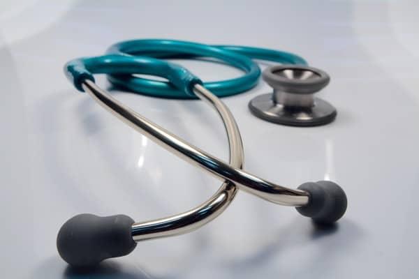 Auxílio doença e acidente pode ganhar prioridade de atendimento no SUS (Imagem: Reprodução - Google)
