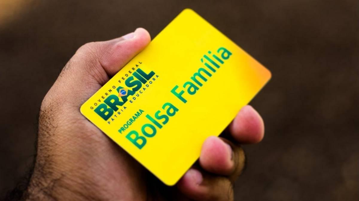 13° do Bolsa Família é aprovado no Congresso e pode se tornar permanente (Imagem: Reprodução - Google)