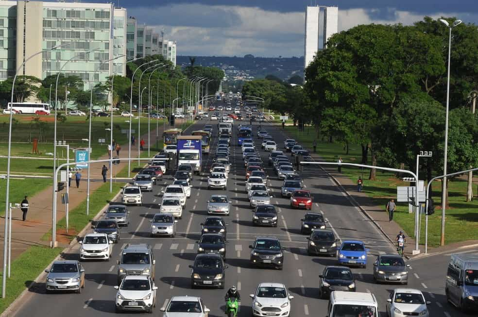 IPVA DF de veículos com final 3 e 4 será reemitido (Imagem: Reprodução - Google)