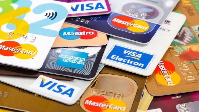Golpe com cartão de débito: saiba como se prevenir e evitar grandes danos (Imagem: Reprodução - Google)
