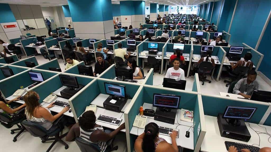 Vagas de emprego no RS: 1,5 mil oportunidades para call center (Reprodução/Agência Brasil)