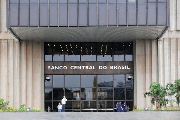 Bancos precisarão ajustar horário de atendimento por ordem do BC (Reprodução/Internet)