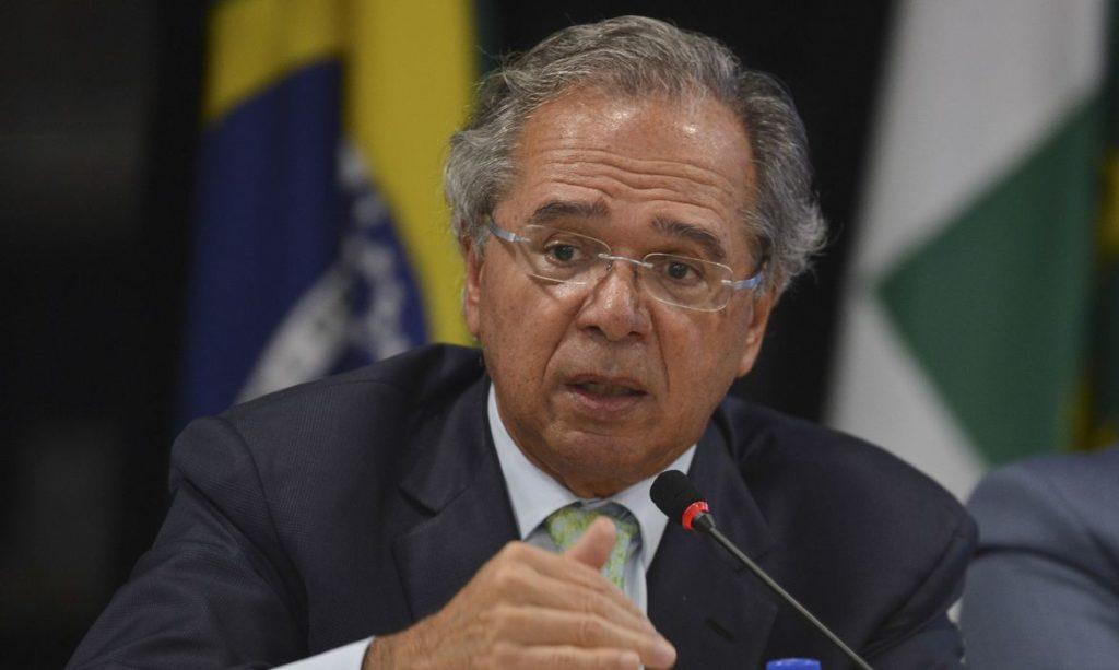 Guedes sugere distribuição de 'vouchers' aos trabalhadores informais (Reprodução/Agência Brasil)