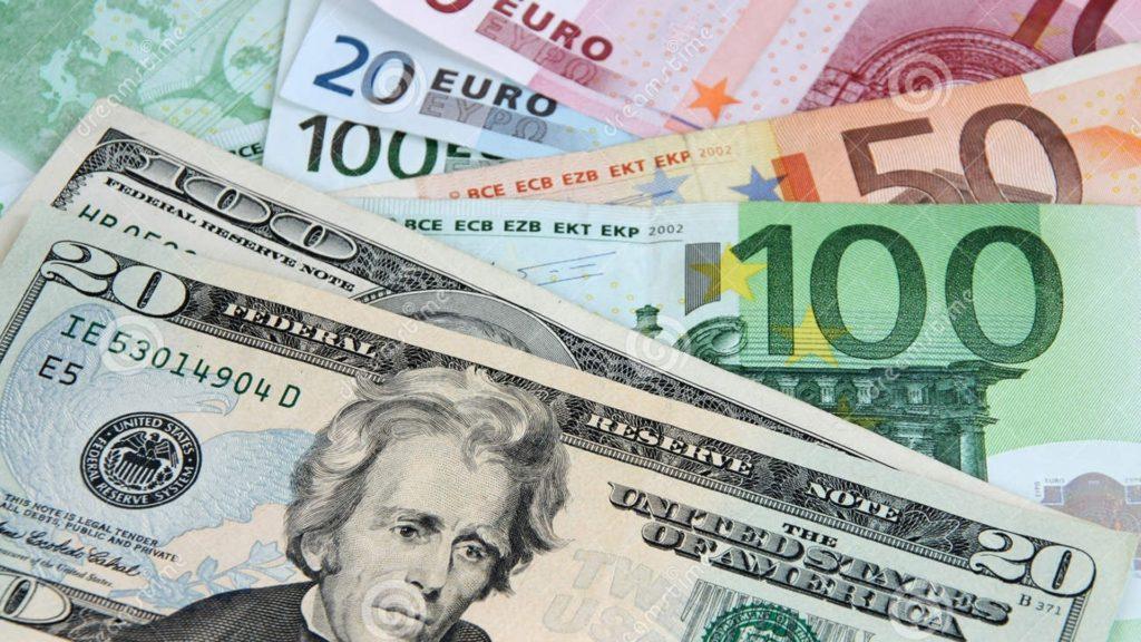 Dólar de turismo a R$5,45 com euro e libra também em alta