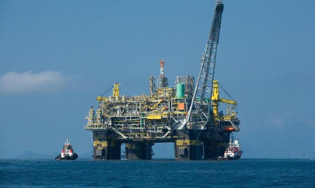 Preços do petróleo caem e registram maior queda em 29 anos (Reprodução/Agência Brasil)