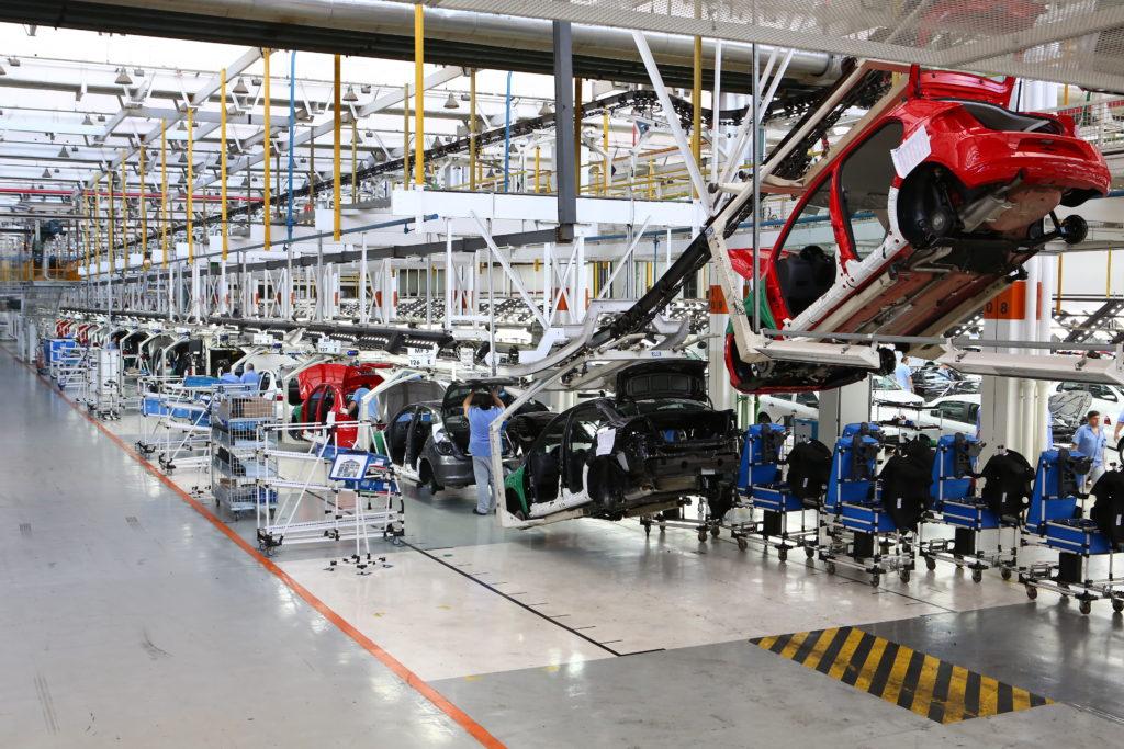 Crise DRÁSTICA na industria automobilística fez estas fábricas cortarem salário dos funcionários (Reprodução/Agência Brasil)
