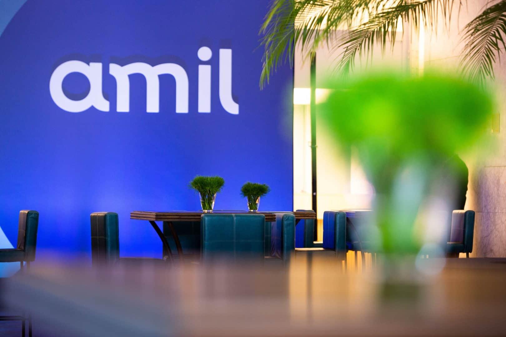 EMPREGO: Amil abre 3 MIL VAGAS com contratação imediata! (Imagem: Reprodução - Google)