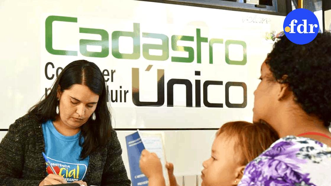 Inscrição no CadÚnico garantiu que 70% recebessem auxílio de R$600 (Reprodução/Internet)