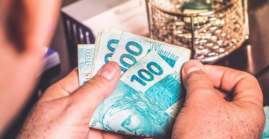GUIA COMPLETO PIS/PASEP 2020: veja quem tem direito, como receber, qual valor e quando sacar! (Imagem: Reprodução - Google)