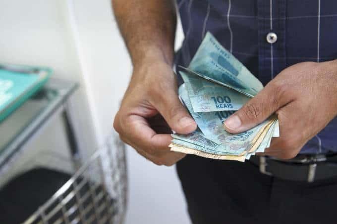 Bolsa Família divulga calendário para pagar R$600; confira! » FDR ...