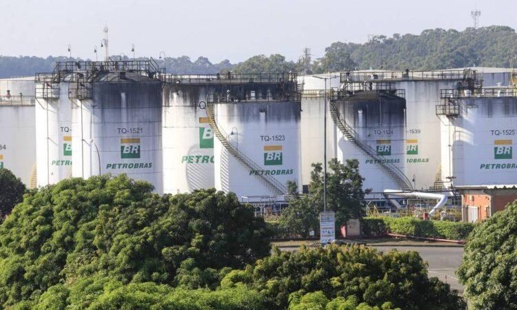 Gasolina e diesel elevam valor nas refinarias; como isso vai atingir seu bolso?