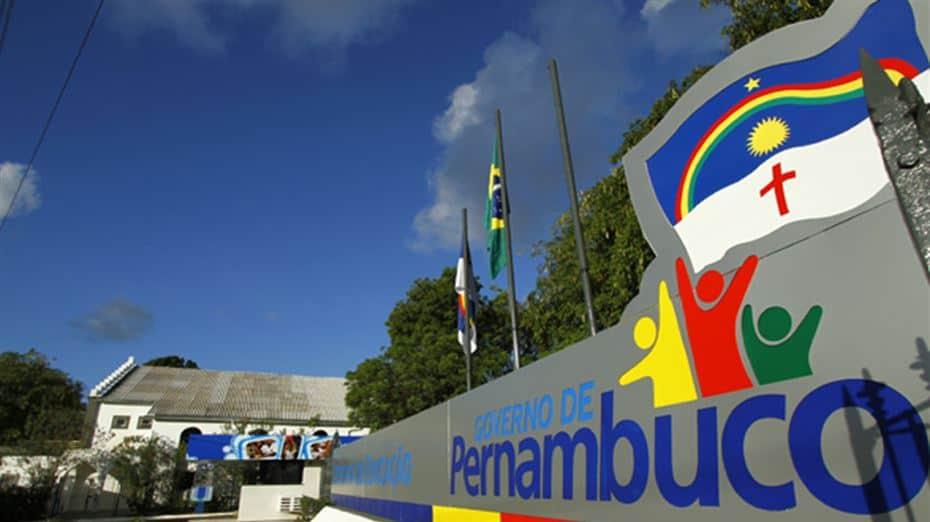 VAGAS DE EMPREGO: Pernambuco contrata 24 enfermeiros com salários de R$2 mil (Imagem: Reprodução - Google)