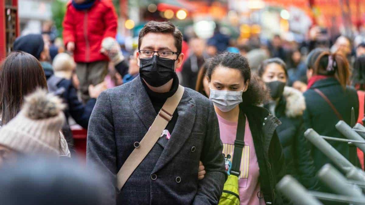 Andar sem máscara vai gerar multa em SP? Saiba como funcionarão as regras (Imagem: Reprodução - Google)